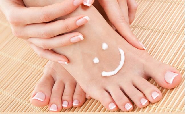 cornuri între tratamentul degetelor de la picioare viermi simptome de helminți